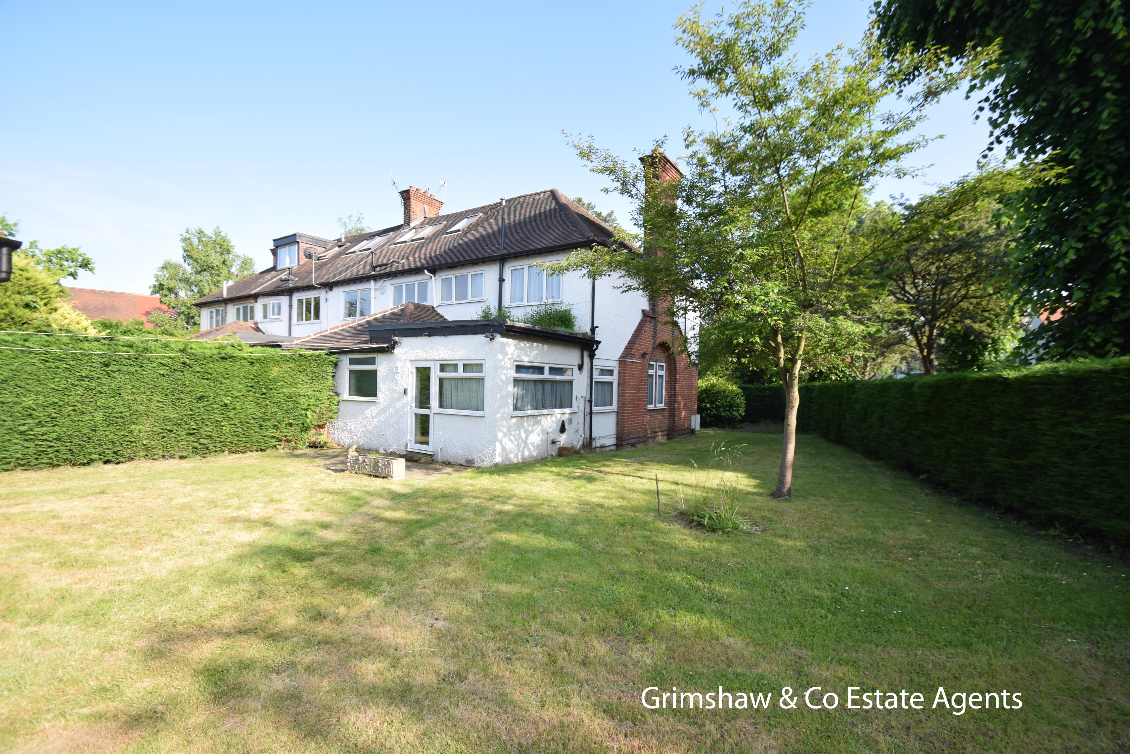 Sold - Park Drive, Gunnersbury Triangle