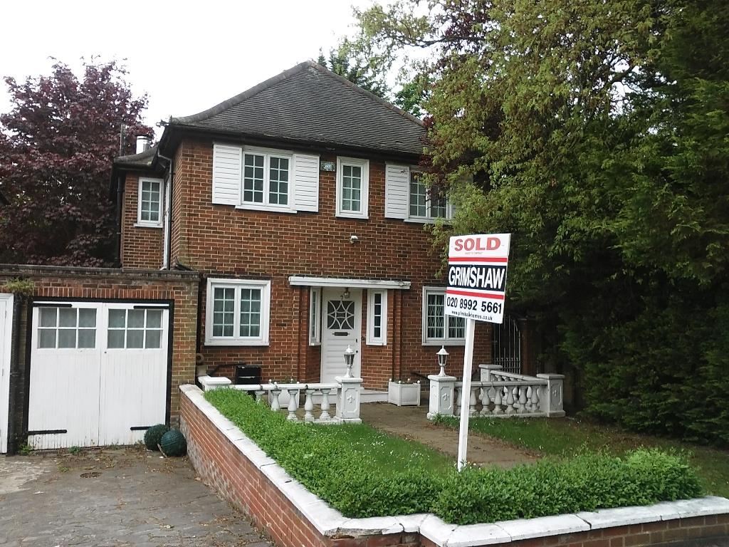 Sold Heath Close Ealing W5